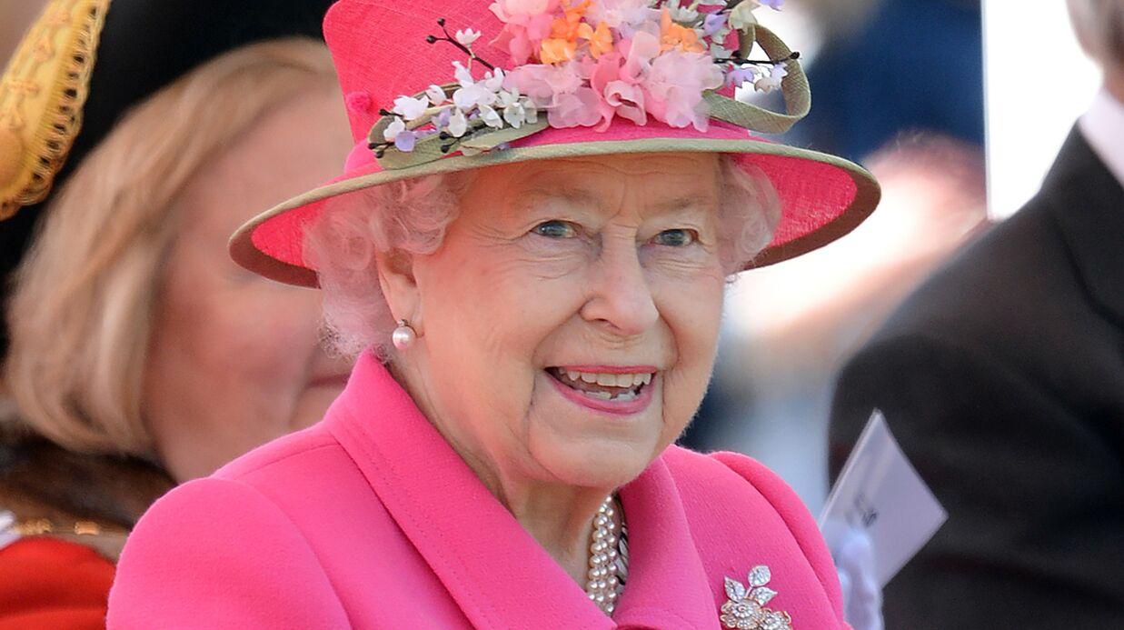 La reine Elizabeth II cherche un community manager pour un salaire de…