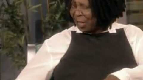 VIDEO Whoopi Goldberg : petit problème gênant en direct à la télé