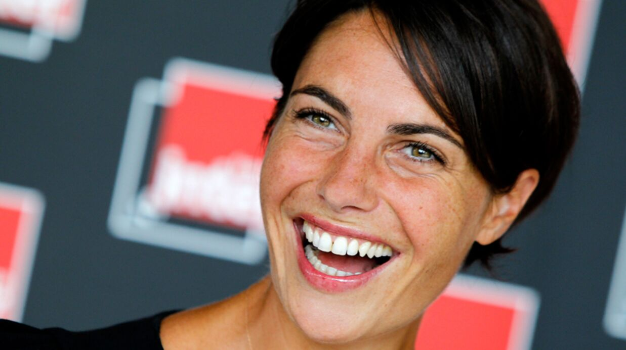 VIDEO Alessandra Sublet se paie la honte pour la 500e de C à vous