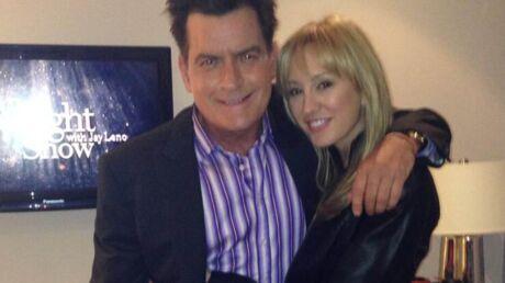 Charlie Sheen: sa fiancée est encore mariée!