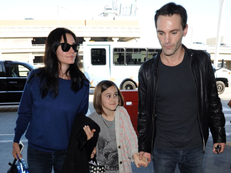 PHOTOS Courteney Cox : son escapade à Venise avec son nouveau mec et sa fille