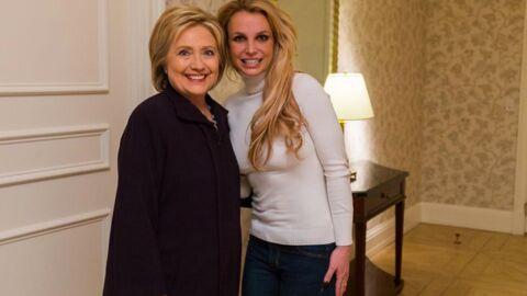 PHOTO Britney Spears: très amincie, elle pose aux côtés d'Hillary Clinton