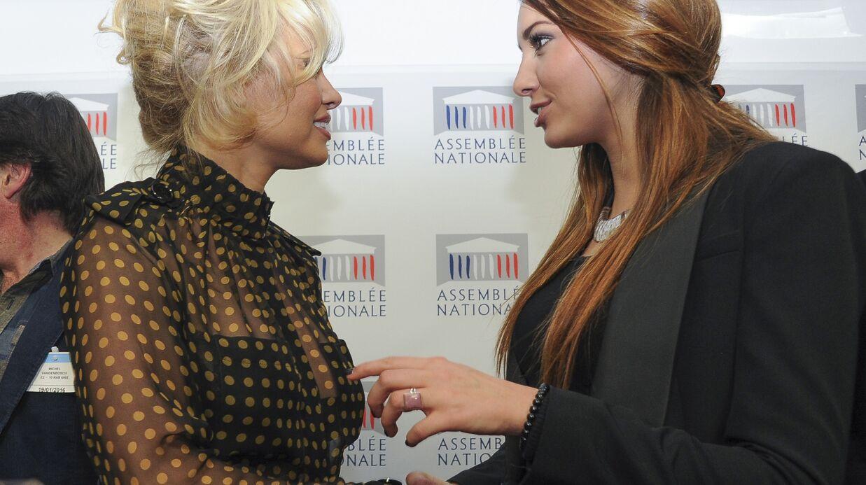 PHOTOS Pamela Anderson et Delphine Wespiser à l'Assemblée nationale pour la défense des oies et des canards