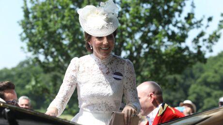 PHOTOS Kate Middleton splendide et radieuse à Ascot dans une robe en dentelle transparente