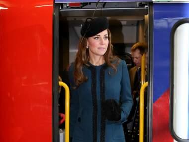 DIAPO Kate Middleton prend le métro avec la Reine