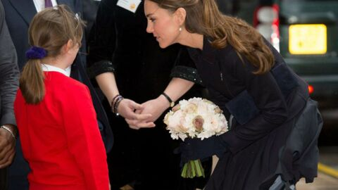 PHOTOS Oups… La jupe de Kate Middleton se soulève à cause du vent