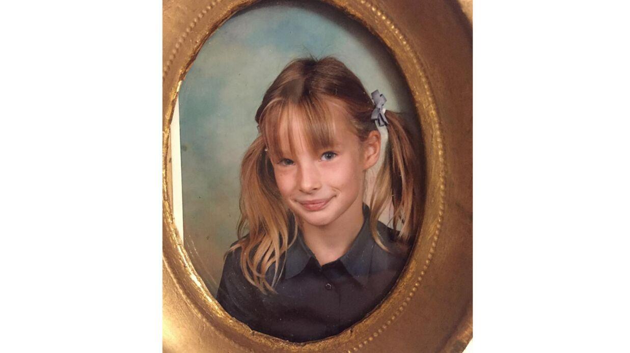 PHOTO Ilona Smet méconnaissable sur une ancienne photo de classe