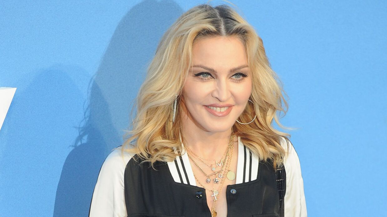 Sur scène, Madonna promet une fellation à ceux qui voteront Hillary Clinton