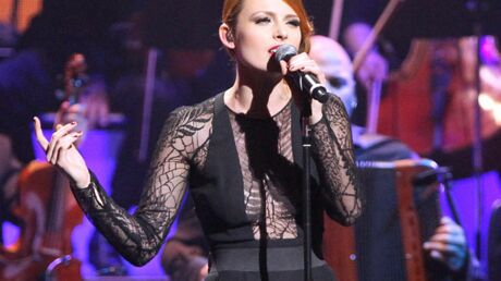 diapo-elodie-frege-nolwenn-ultra-glamour-pour-rendre-hommage-a-piaf-a-new-york