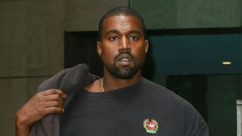 Kanye West ému aux larmes après avoir vu une fan rendant hommage à sa mère