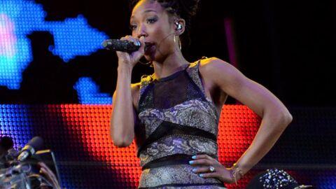 La chanteuse Brandy a chanté devant 40 personnes dans un stade  prévu pour… 94 000