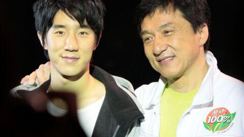Mortifié par l'arrestation de son fils pour une affaire de drogue, Jackie Chan s'excuse