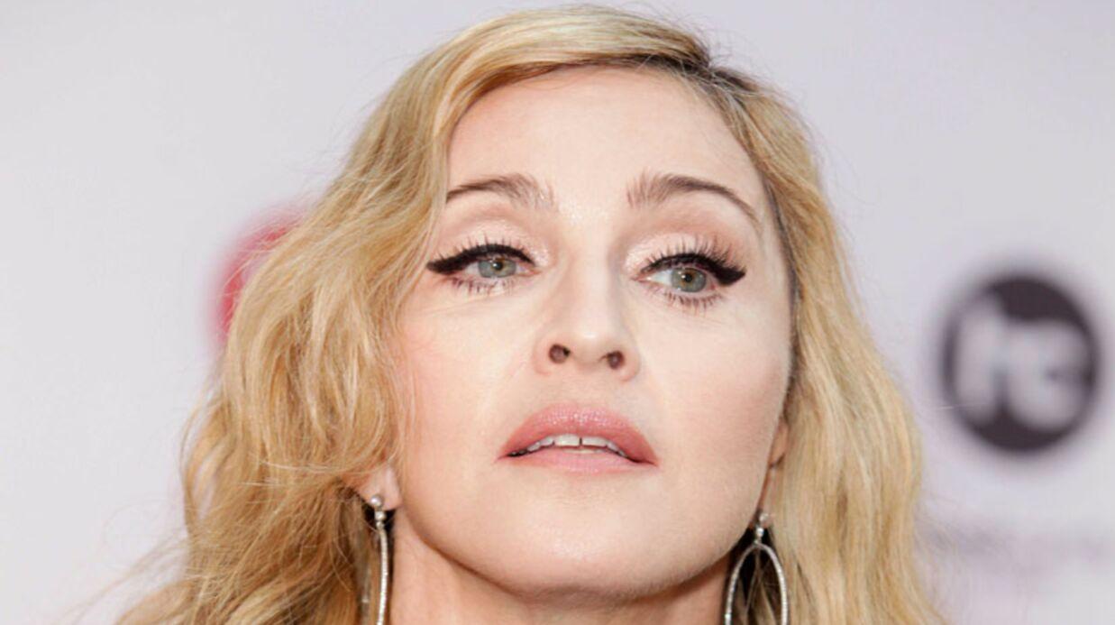 Madonna menace d'annuler un concert à cause de fumeurs