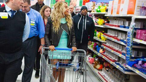 DIAPO Beyoncé surprend ses fans dans un supermarché