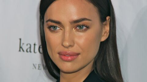 PHOTO Irina Shayk pose nue contre le torse d'un homme