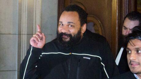 Dieudonné condamné à deux mois de prison ferme et 9 000 euros d'amende