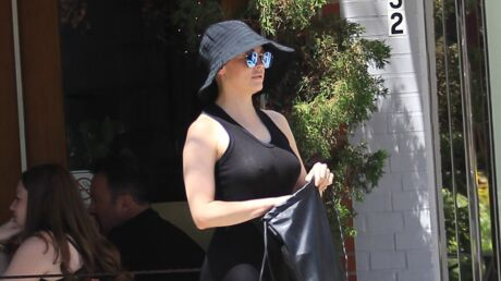 PHOTOS Rose McGowan en montre trop dans sa robe transparente