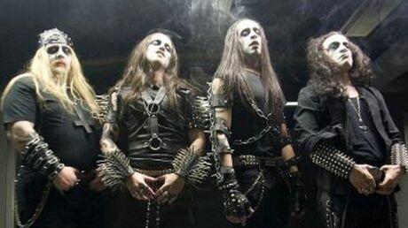 julien-dore-se-lance-presque-dans-le-rock-sataniste