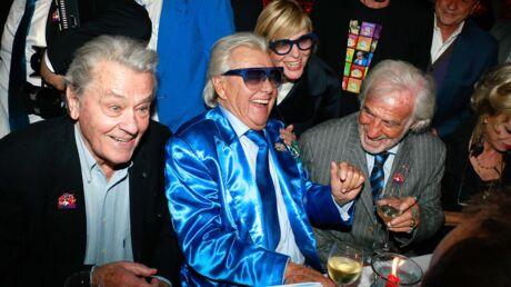 PHOTOS Delon, Belmondo, Trierweiler, Reichmann… les stars au rendez-vous pour les 85 ans de Michou