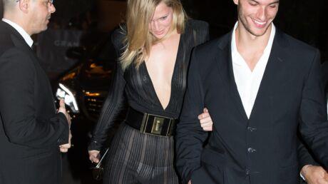 PHOTOS Toni Garrn: piégée par les flashs, l'ex de DiCaprio se montre presque nue