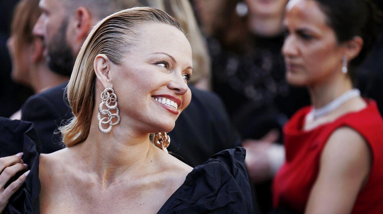 PHOTOS Cannes 2017: Pamela Anderson méconnaissable sur le tapis rouge!
