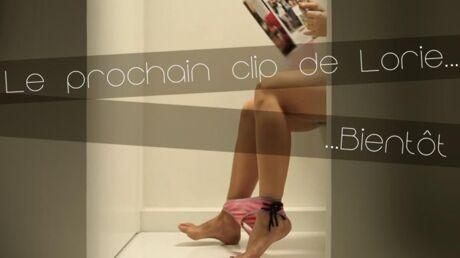 PHOTO Lorie aux toilettes pour son prochain clip