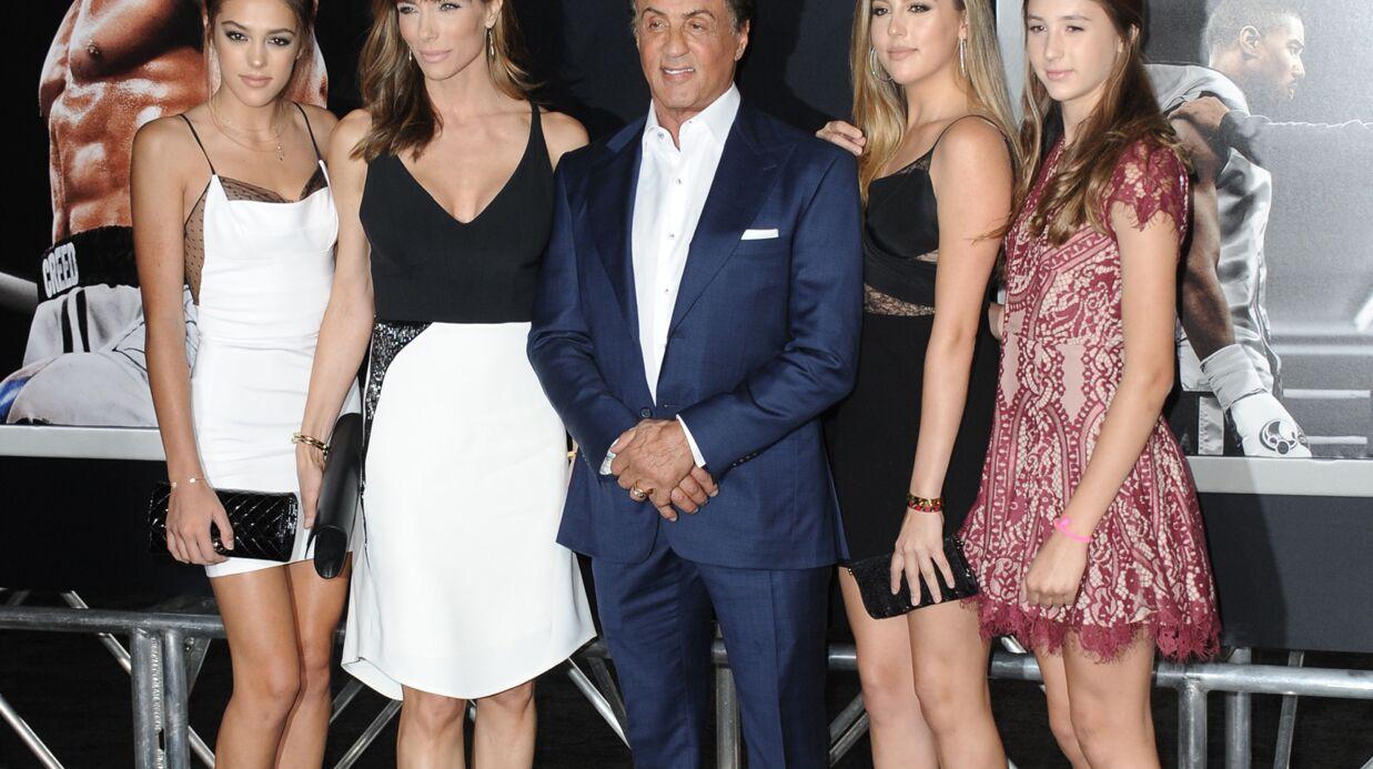 PHOTOS Sylvester Stallone accompagné de ses 3 superbes filles sur le tapis rouge