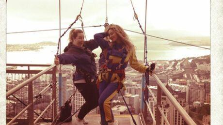 PHOTOS Beyoncé saute d'une tour de 328 mètres