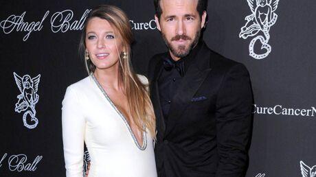 DIAPO Blake Lively enceinte et très sexy aux côtés de son mari Ryan Reynolds