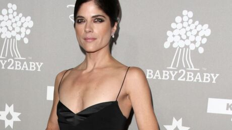Selma Blair et son pétage de plombs en avion : « C'était horrible, effrayant »