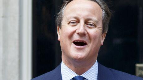 David Cameron accusé d'avoir mis ses parties intimes dans la bouche d'un cochon mort