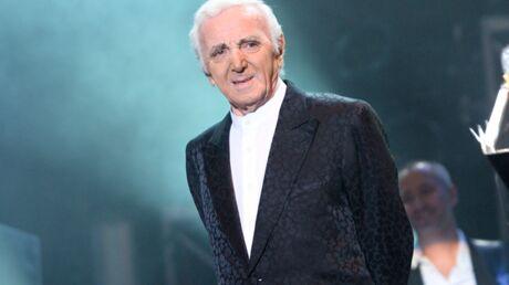 charles-aznavour-se-fait-huer-par-son-public-lors-d-un-concert