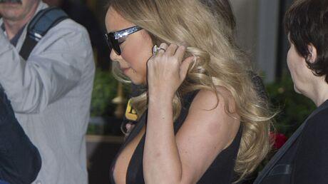 PHOTOS Mariah Carey trahie par son décolleté très audacieux