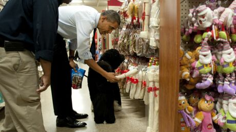 PHOTOS Barack Obama fait son shopping de Noël