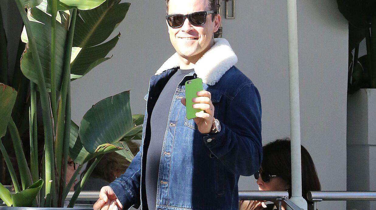 Robbie Williams: sa belle-mère quitte sa maison