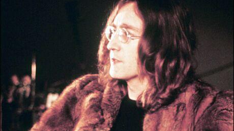 Une mèche de cheveux de John Lennon vendue 35 000 dollars aux enchères