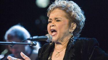 «L'une des plus grandes chanteuses de notre temps»