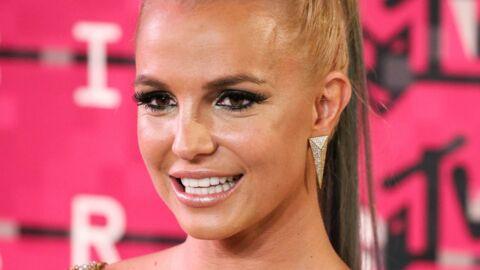 VIDEO Britney Spears se met à la peinture… (Et on la préfère sur scène)
