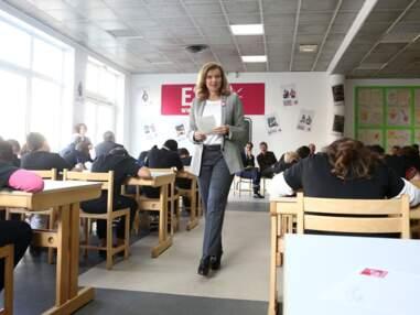 Valérie Trierweiler lit une dictée pour le lancement de la campagne ELA