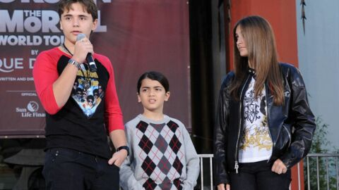 Le fils aîné de Michael Jackson entre aussi en guerre contre sa famille