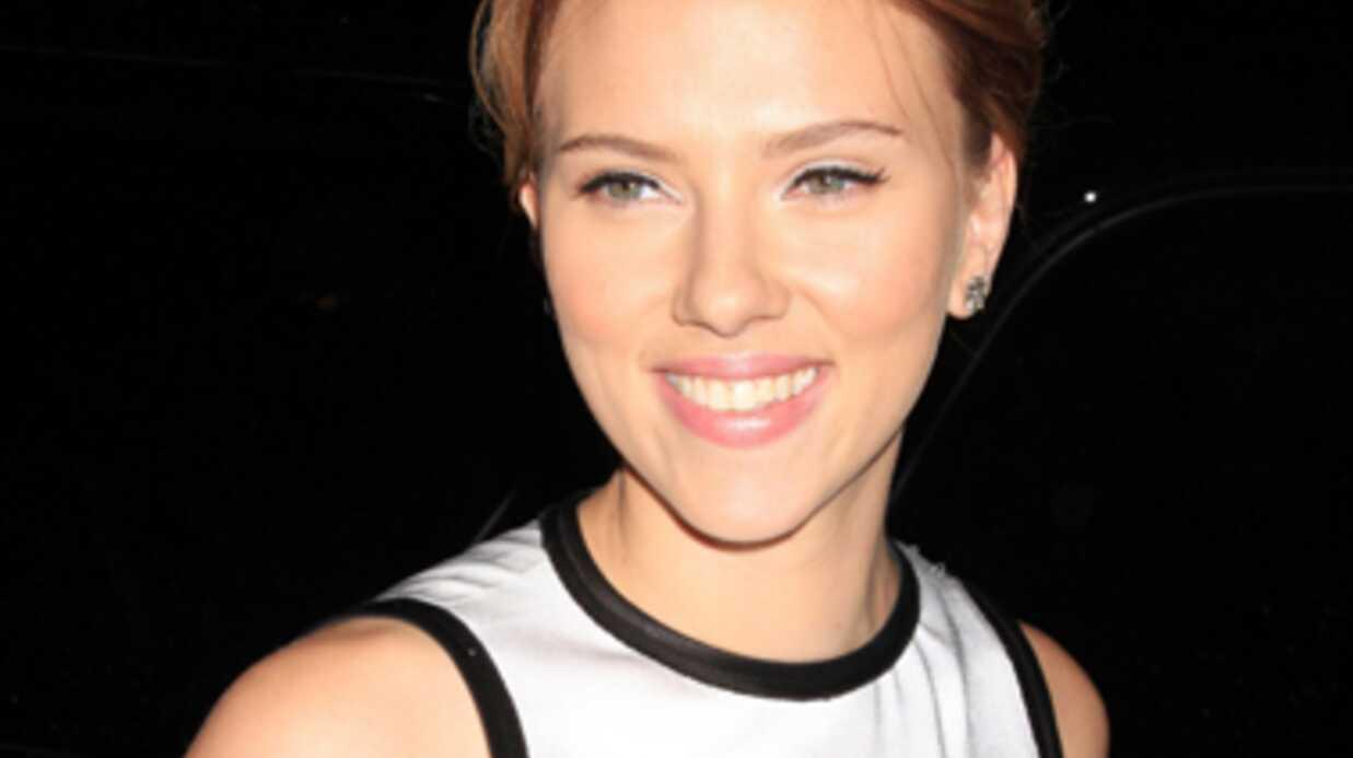 Scarlett Johansson aime les soirées arrosées à la Maison Blanche
