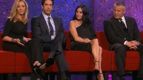 Friends: David Schwimmer avoue que des acteurs de la série ont couché ensemble