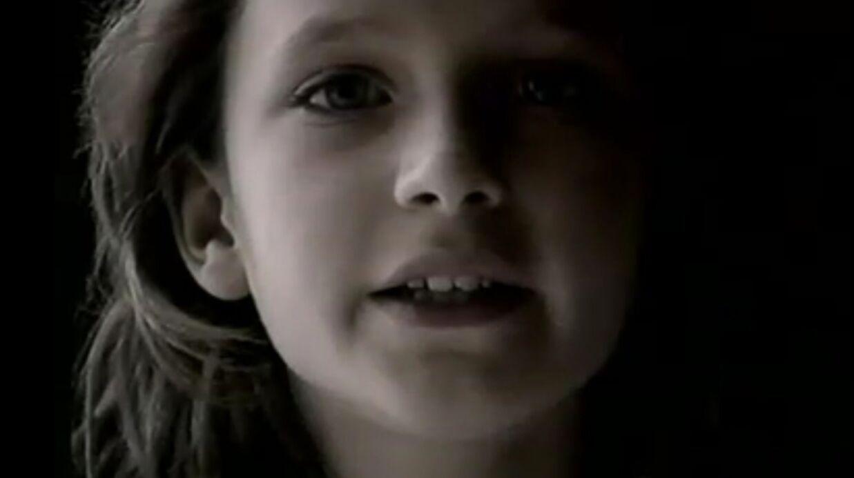 PHOTO Emilie Delaunay: la petite fille de la pub Quézac reprend son rôle 22 ans après