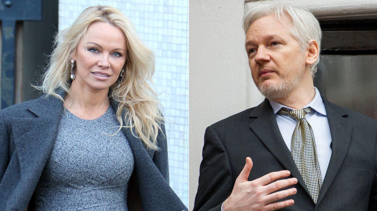 Pamela Anderson confirme les rumeurs de liaison avec Julian Assange