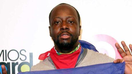 wyclef-jean-le-president-haitien-michel-martelly-le-decore