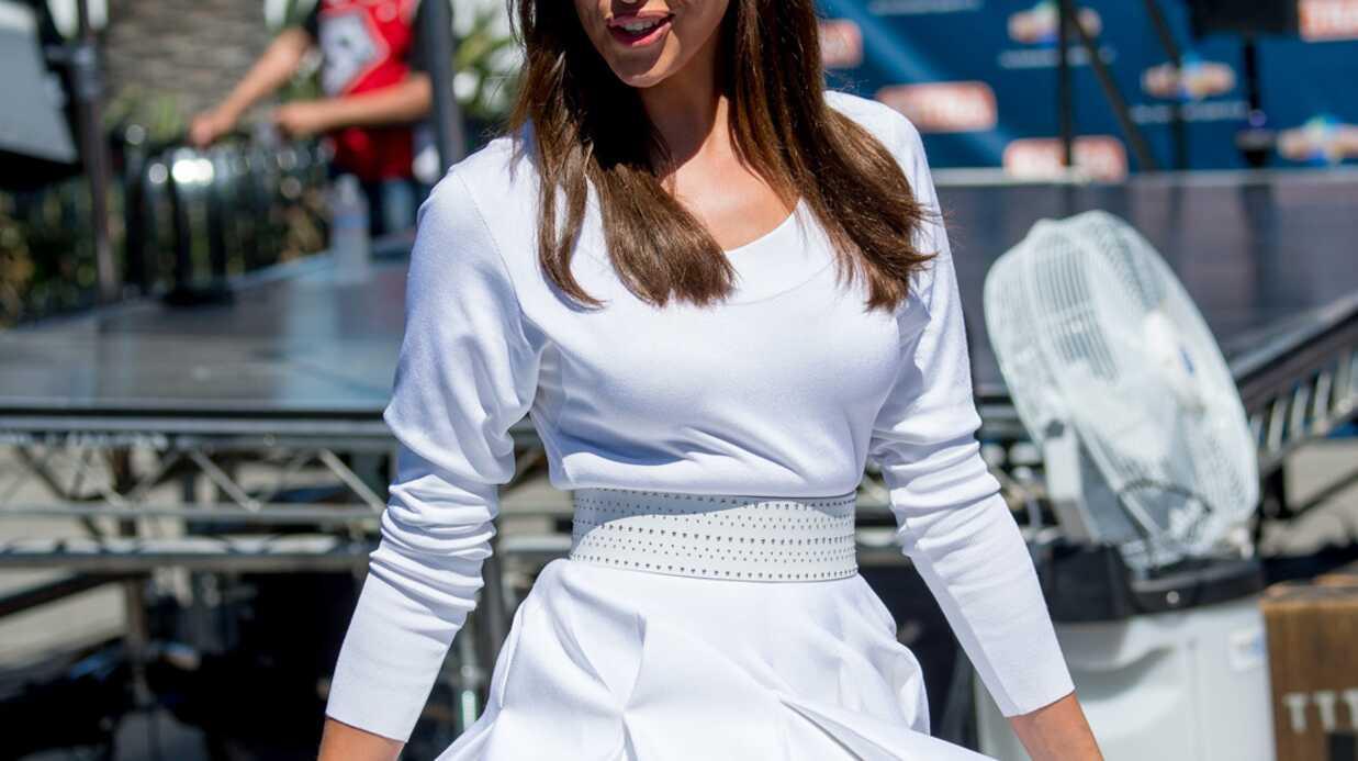 PHOTOS Surprise par le vent, Irina Shayk dévoile sa culotte