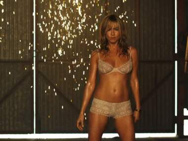 Jennifer Aniston sexy en strip-teaseuse pour We're the Millers