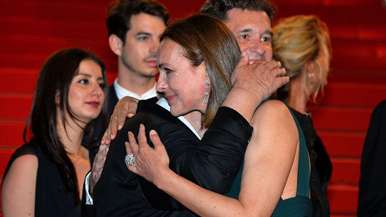 PHOTOS Carole Bouquet émue aux larmes après la présentation du Petit Prince, le film de son fils