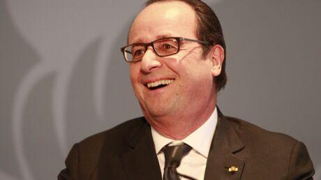 François Hollande s'amuse de l'épisode de la fiente de pigeon à la marche pour Charlie