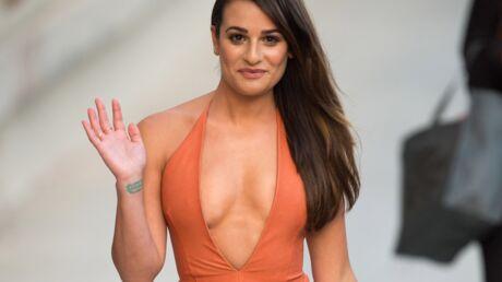 PHOTOS Lea Michele (Glee) décolletée jusqu'au nombril dans une robe en cuir moulante!
